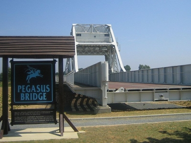 D-Day: Pegasus Bridge, Omaha Beach and Pointe du Hoc